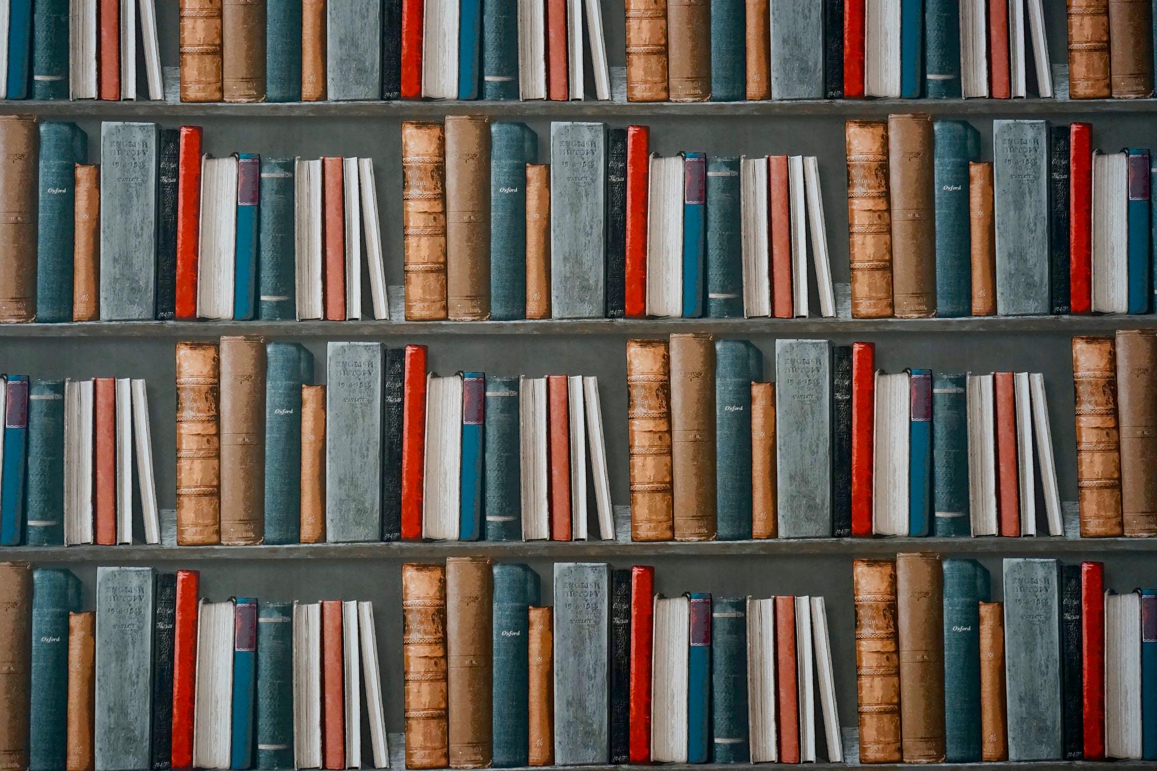 What does Warren Buffett read?
